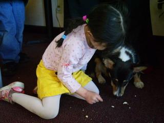 2-10-07 lunchon kyoko with dog.jpg