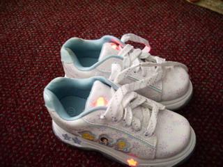blog ayumi new shoes light on.jpg