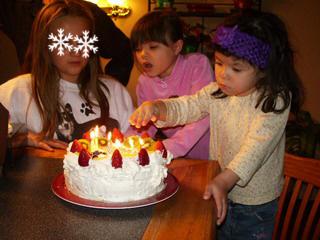 happy 6th birthday! Ayumi 1.jpg