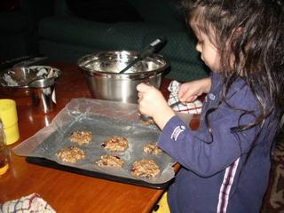 kyoko help making cookies1.jpg