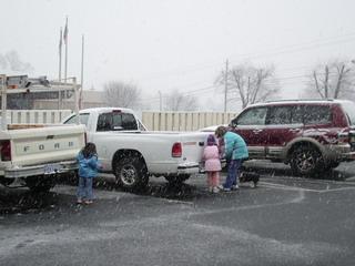 snow1 2-1-07.jpg